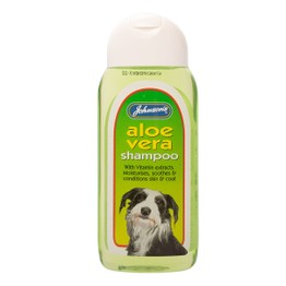 Johnsons Aloe Vera Shampoo 200ml G076