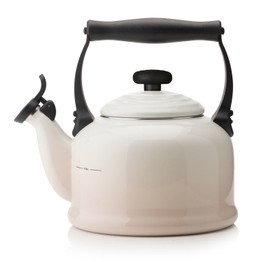 Le Creuset Meringue Traditional Stove Top Kettle 2.1Ltr