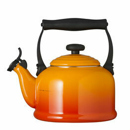 Le Creuset Volcanic Traditional Stove Top Kettle 2.1Ltr